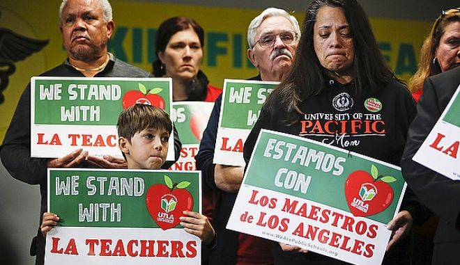 Από κινητοποίηση υπέρ των εκπαιδευτικών του Λος Αντζελες