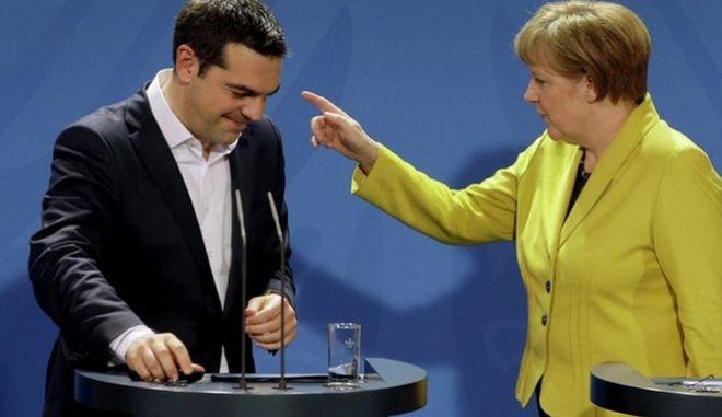 Le Monde: Μέρκελ και Τσίπρας θα βουλιάξουν μαζί ή θα γίνουν ήρωες