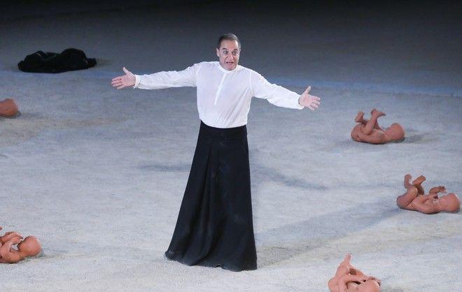 Ο Δημήτρης Λιγνάδης στη σκηνή της Επιδαύρου
