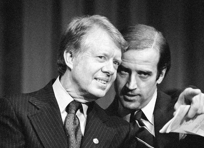 Ο Τζο Μπάιντεν τον Φεβρουάριο του 1978 με τον τότε πρόεδρο Τζίμι Κάρτερ