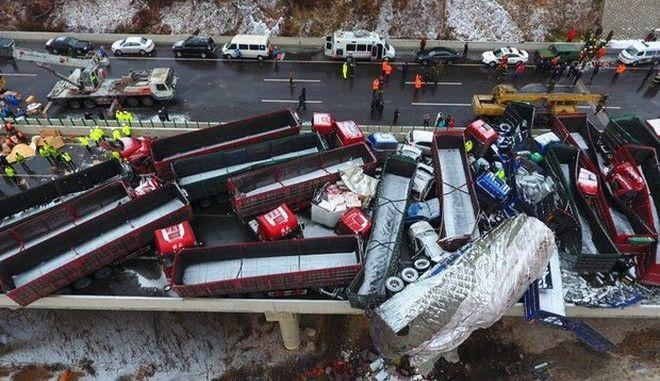 Κίνα: Καραμπόλα με 17 νεκρούς εξαιτίας της κακοκαιρίας
