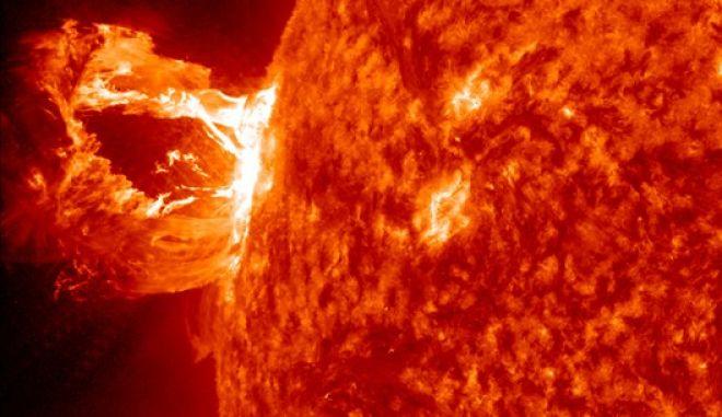 Ο Ήλιος έστειλε την ισχυρότερη ηλιακή έκλαμψή του εδώ και 12 χρόνια