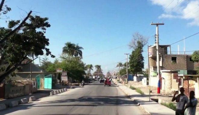 Αϊτή: Λεωφορείο έπεσε σε πλήθος. Δεκάδες νεκροί