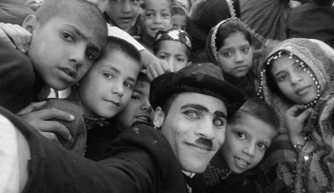 Ο Τσάπλιν της Καμπούλ, Καρίμ Ασίρ, στο News 24/7