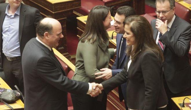 Στιγμιότυπο από την ορκωμοσία των βουλευτών, που εξελέγησαν στις εθνικές εκλογές της 25ης Ιανουαρίου 2015, την Πέμπτη 5 Φεβρουαρίου 2015. (EUROKINISSI/ΧΡΗΣΤΟΣ ΜΠΟΝΗΣ