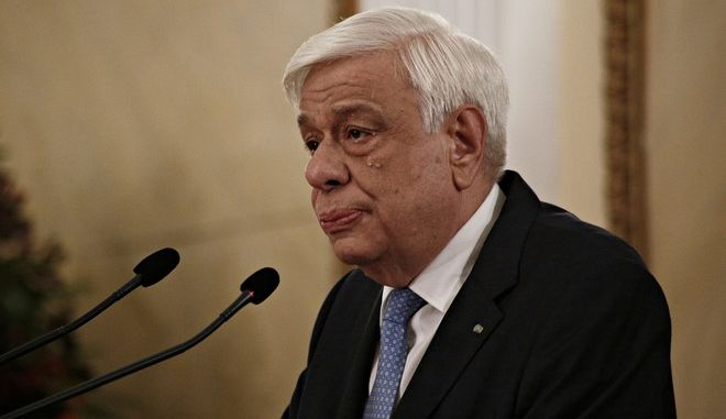 Kofi Annan,  Former Secretary General of the United Nations and Chairman of  Kofi Annan Foundation and  the President of the Hellenic Republic Prokopis Pavlopoulos during the Athens Democracy Forum in Athens, Greece on Sep. 13, 2017 /                  Athens Democracy Forum    13 , 2017.