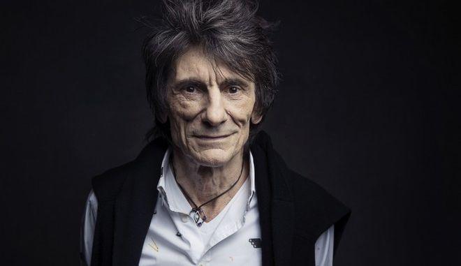 Ο κιθαρίστας των Rolling Stones, Ρόνι Γουντ