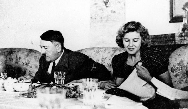 Ο Αδόλφος Χίτλερ και η Εύα Μπράουν