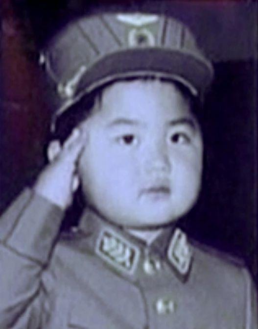 Η άγνωστη θεία του Κιμ Γιονγκ Ουν ζει στις ΗΠΑ και μιλάει για τον ανιψιό της