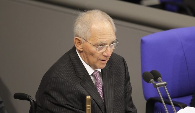 German Parliament President Wolfgang Schaeuble delivers his opening speech prior to a plenary session of German parliament Bundestag in Berlin, Tuesday, Nov. 21, 2017. (AP Photo/Markus Schreiber)