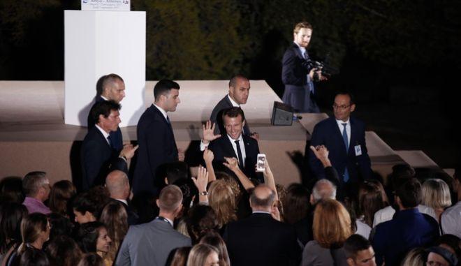 Στιγμιότυπα από τις ομιλίες που έδωσαν ο Πρωθυπουργός Αλέξης Τσίπρα και ο Πρόεδρος της Γαλλίας Εμανουέλ Μακρόν στην Πνύκα. Πέμπτη 7 Σεπτέμβρη 2017.(EUROKINISSI / ΣΤΕΛΙΟΣ ΜΙΣΙΝΑΣ)