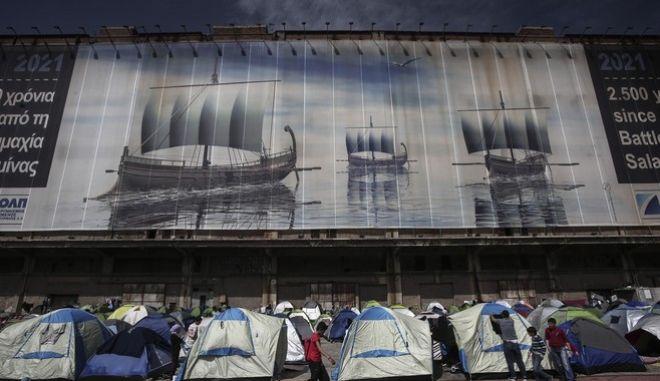 Πιέζει για τις ροές από την Τουρκία η κυβέρνηση