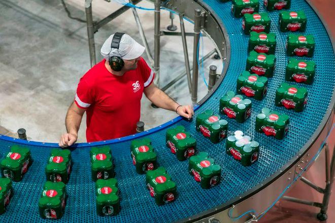 Coca Cola HBC AG: Καλοκαιρία και τουρισμός ανέβασαν τις πωλήσεις στην Ελλάδα