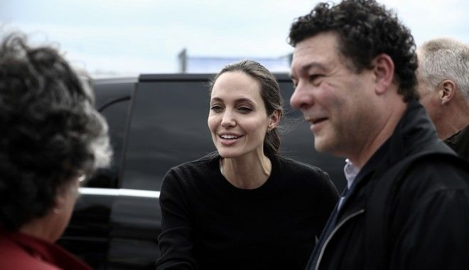 UNHCR Special Envoy Angelina Jolie Pitt visits refugees and migrants in Piraeus port, Greece on March 16, 2016. /                            , 16  2016.