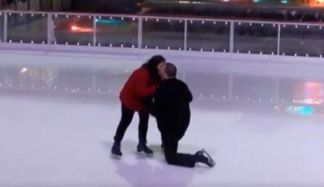 Κανείς δεν φανταζόταν τι θα ακολουθούσε της πρότασης γάμου στον πάγο