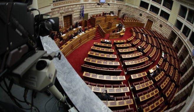 Συζήτηση επίκαιρων ερωτήσεων στην Βουλή την Πέμπτη 11 Φεβρουαρίου 2016. (EUROKINISSI/ΓΙΑΝΝΗΣ ΠΑΝΑΓΟΠΟΥΛΟΣ)