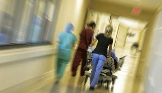Νεόπτωχοι χωρίς ασφάλιση χάνουν το δικαίωμα στην υγεία