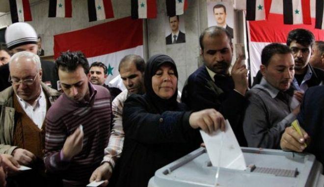 Συρία: Βουλευτικές εκλογές στις 13 Απριλίου προκήρυξε η κυβέρνηση