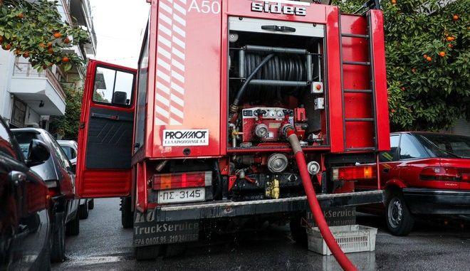 Επιχείρηση της πυροσβεστικής - Φωτό αρχείου