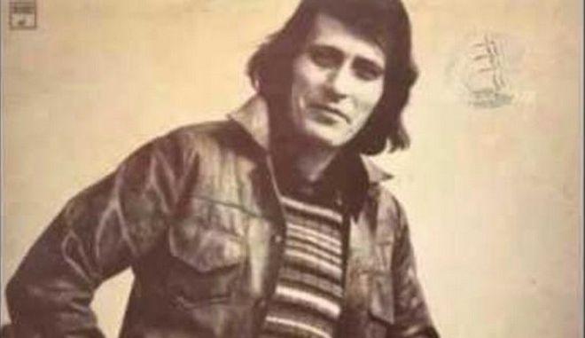 Πέθανε ο Γιάννης Καλατζής