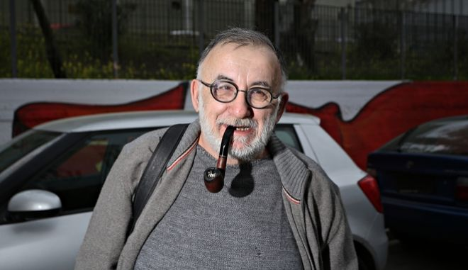 Θάνος Μικρούτσικος: Το ελληνικό τραγούδι για πρώτη φορά κινδυνεύει να πεθάνει