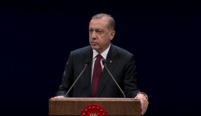 Ο Ερντογάν θέτει ευθέως θέμα: Η Συνθήκη της Λωζάνης δεν είναι ιερή. Θα την συζητήσουμε