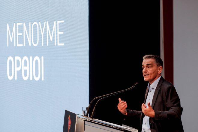 Η κόντρα των 10 ημερών μεταξύ ΝΔ - ΣΥΡΙΖΑ για την οικονομία