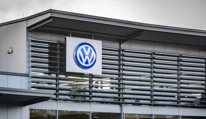 Volkswagen: Άγνοια για τη χειραγώγηση των δοκιμών καυσίμων δηλώνει ο διευθύνων σύμβουλος