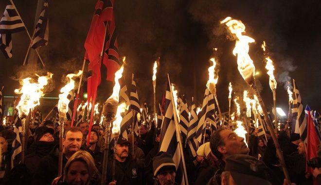 Παύλος Φύσσας: Ο μουσικός που έγινε σύμβολο του αντιφασιστικού αγώνα fis3150917