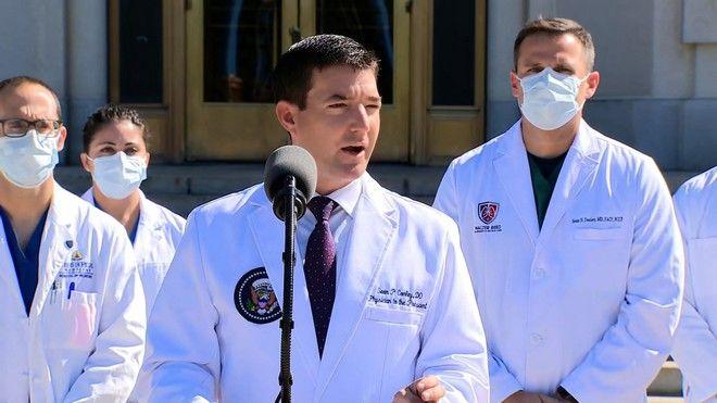 Τραμπ και κορονοϊός: Είναι καλά λένε οι γιατροί, κρίσιμο 48ωρο σύμφωνα με άλλες πηγές