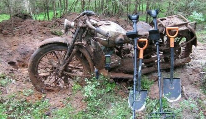O ανιχνευτής μετάλλων «χτύπησε» μοτοσικλέτα του 2ου Παγκοσμίου Πολέμου