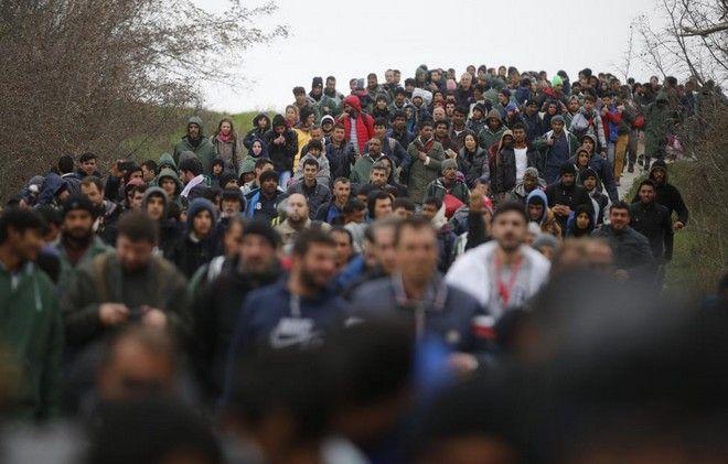 'Απόδραση' προς το όνειρο: Πώς πρόσφυγες μπήκαν στην ΠΓΔΜ