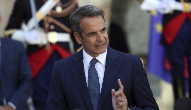 Ο πρωθυπουργός, Κ.Μητσοτάκης, από τη Γαλλία όπου πραγματοποιεί επίσημη επίσκεψη