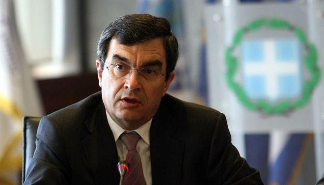Στιγμιότυπο από την συνέντευξη του Υπουργού Προστασίας του Πολίτη Χρήστου Παπουτσή.Στην φωτογραφία ο Αρχηγός της ΕΛ.ΑΣ Λευτέρης Οικονόμου ,Τετάρτη 18 Μαϊου 2011 (EUROKINISSI-ΤΑΤΙΑΝΑ ΜΠΟΛΑΡΗ)