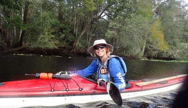 Η Τζούντι Πέρκινς χαμογελά δύο χρόνια μετά, εντελώς απαλλαγμένη από τον καρκίνο
