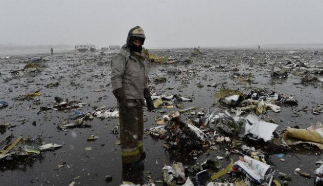 Συντριβή αεροπλάνου στη Ρωσία: 20.000 δολάρια δίνει η εταιρία για κάθε νεκρό