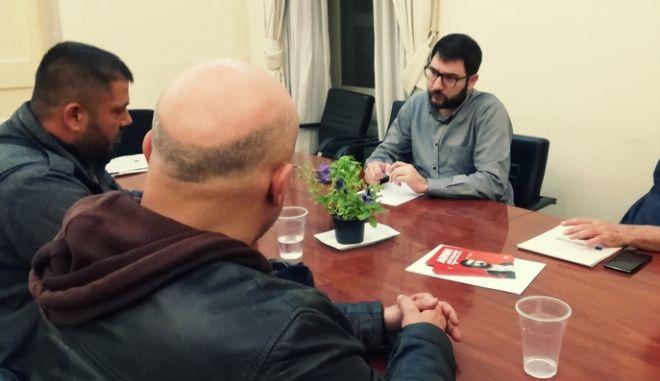 Τι συζήτησε ο Ηλιόπουλος με σωματείο ρακοσυλλεκτών