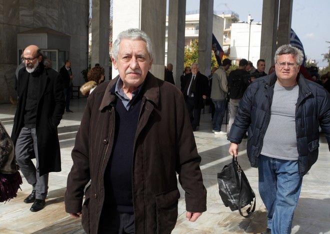 Κηδεία του σκηνοθέτη Νίκου Κούνδουρου, από το Α' Νεκροταφείο της Αθήνας το Σάββατο 25 Φεβρουαρίου 2017. (EUROKINSSI/ΓΙΩΡΓΟΣ ΚΟΝΤΑΡΙΝΗΣ)