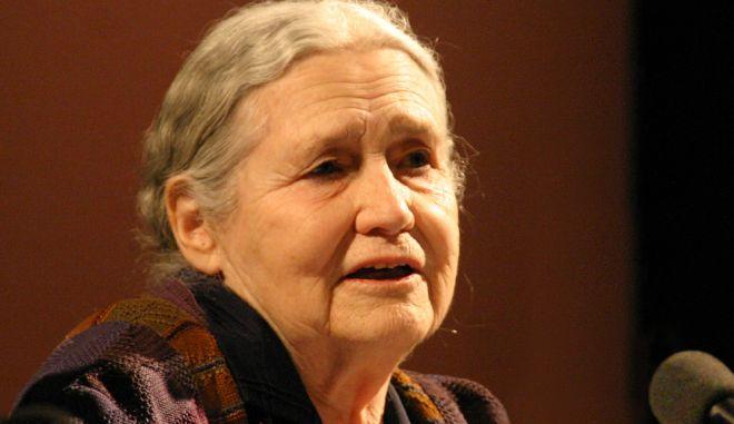 Πέθανε η νομπελίστρια συγγραφέας Ντόρις Λέσινγκ