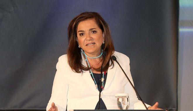 Μπακογιάννη: Απρεπής η δήλωση Σόιμπλε για το χρέος