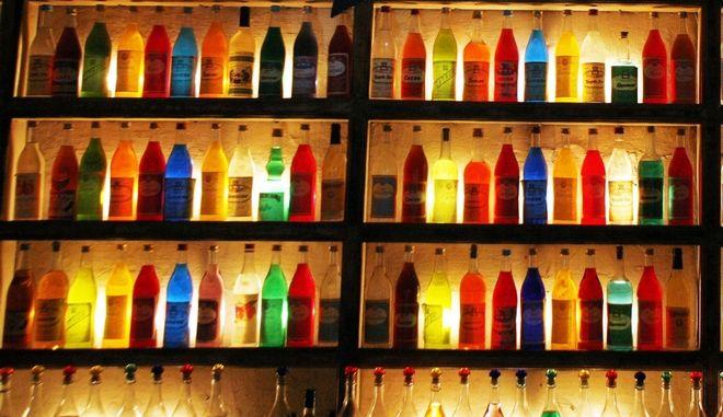 Ποτά σε μπαρ