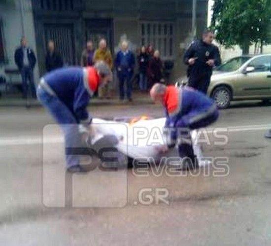 Φωτογραφίες Σοκ: Φορτηγό τραυμάτισε θανάσιμα ηλικιωμένο στο κέντρο της Πάτρας