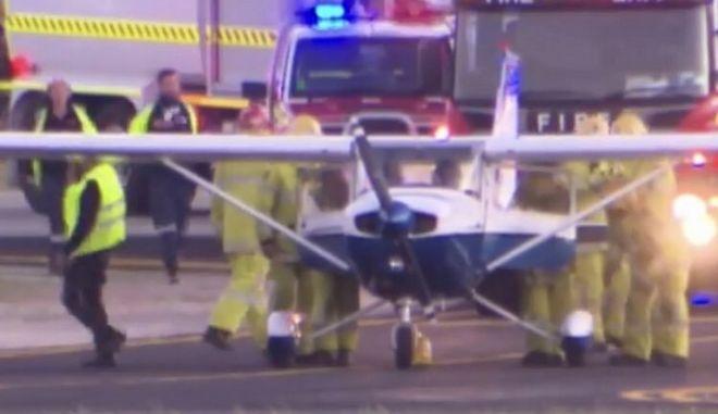 Αυστραλία: Προσγείωσε αεροσκάφος για πρώτη φορά στη ζωή του, ενώ ο πιλότος είχε λιποθυμήσει
