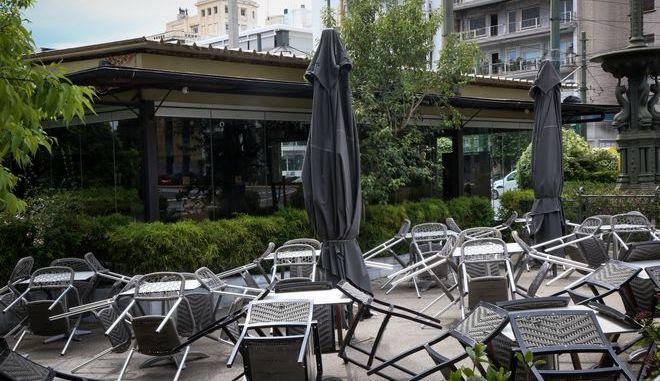 Καφετέρια στην Αθήνα σε καιρό κορονοϊού