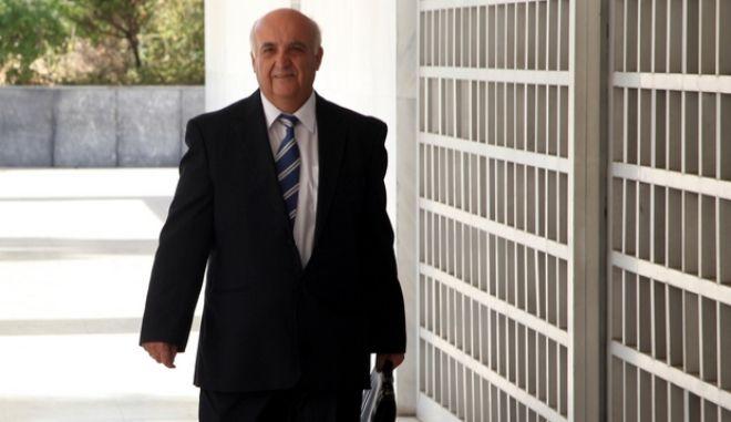 Στασινόπουλος: Έλεγχος για 22 δισ. ευρώ που έφυγαν από την Ελλάδα μέσω εμβασμάτων αδικαιολόγητα από το 2008 έως το 2011
