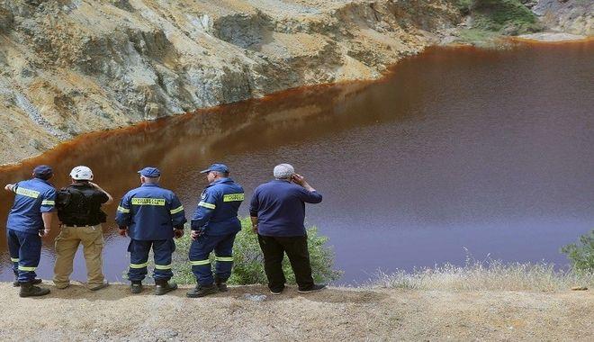 Έρευνες στην Κόκκινη Λίμνη για τον εντοπισμό των θυμάτων του 35χρονου ίλαρχου