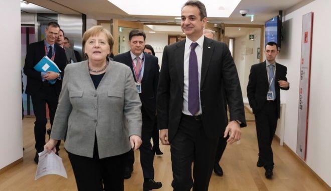 Συζήτησαν για τα ελληνοτουρκικά Μητσοτάκης-Μέρκελ