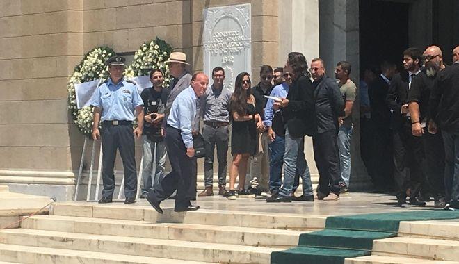 Παύλος Γιαννακόπουλος: Πάνω από 10.000 στο λαϊκό προσκύνημα στη Μητρόπολη
