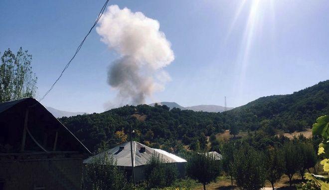 Κούρδοι αντάρτες πυροδότησαν βόμβα σε τουρκική στρατιωτική βάση στο Semdinli