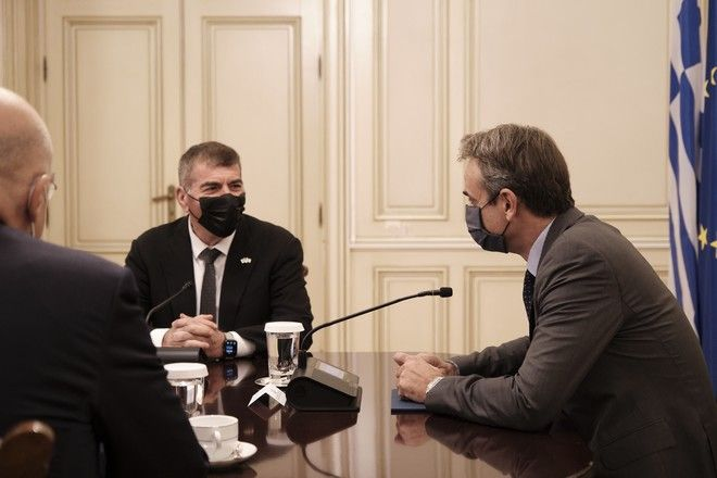 Ο Πρωθυπουργός Κυριάκος Μητσοτάκης με τον Υπουργό Εξωτερικών του Ισραήλ Gabi Ashkenazι